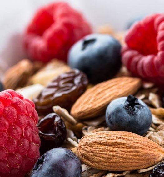 healthy_nutty_granola_108185948