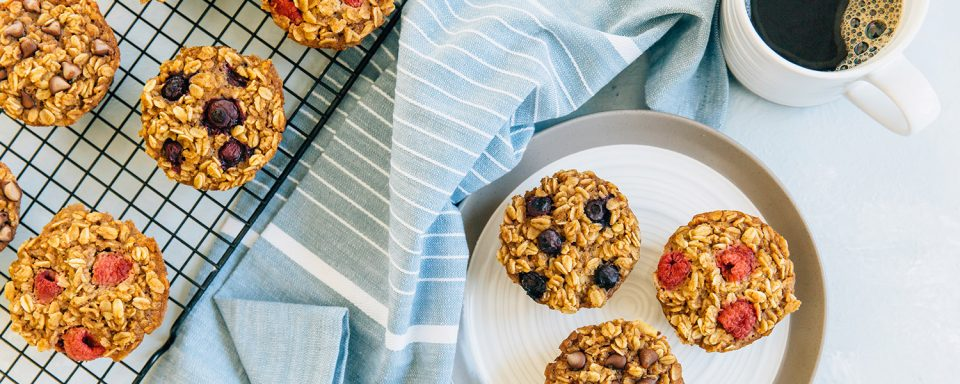 baked-oatmeal-muffins-video-recipe-featured-image
