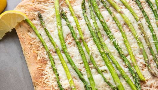 Lemon Asparagus Pizza