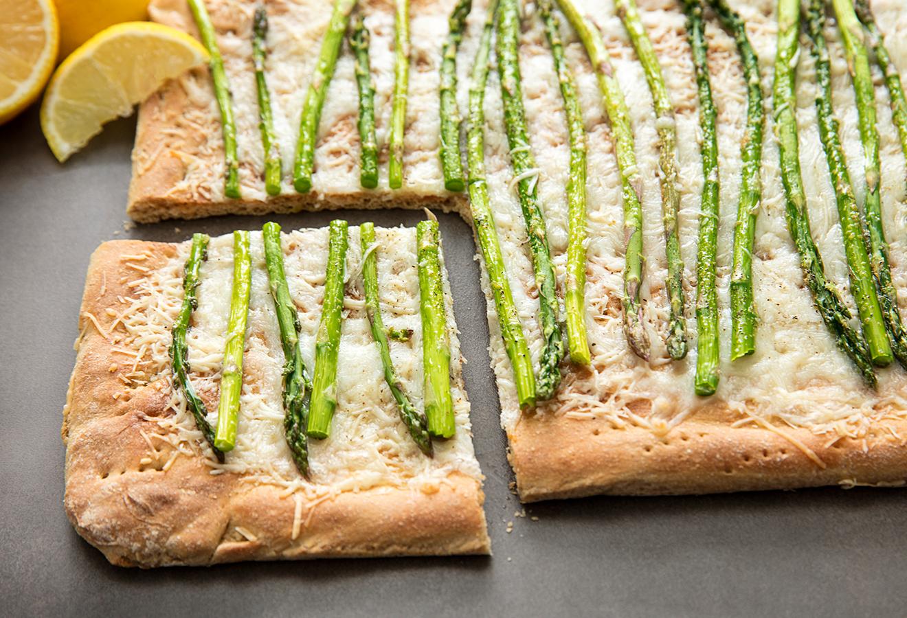 Lemon Asparagus Pizza