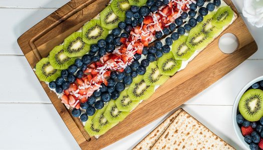 Matzo Fruit Pizza