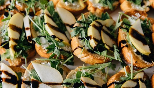 Pear Arugula Crostini with Balsamic Glaze
