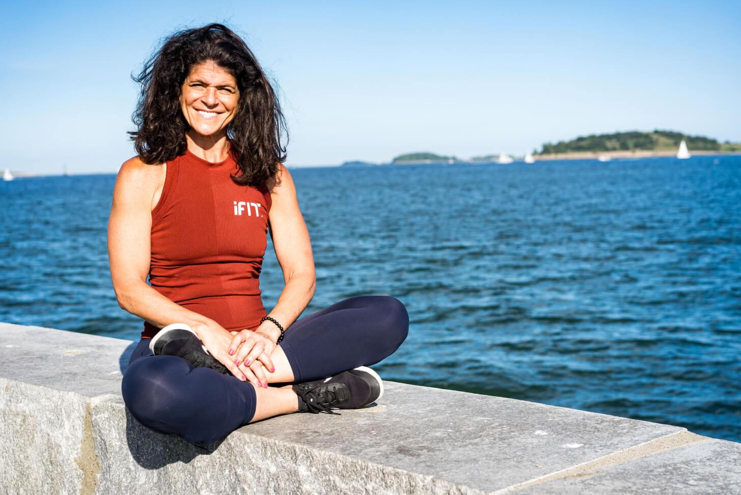 iFIT Guide Dr. Eva Selhub coaches a walking class