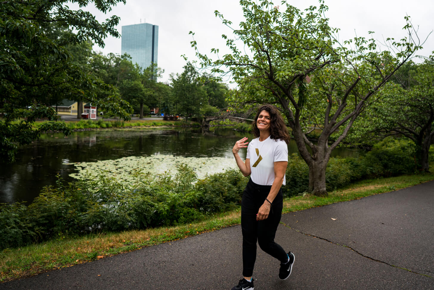 iFIT Guide Dr. Eva Selhub coaches a walking workout