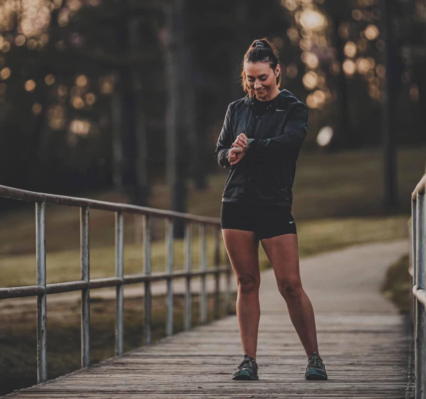 iFIT Member Breanna Maurer does a running workout