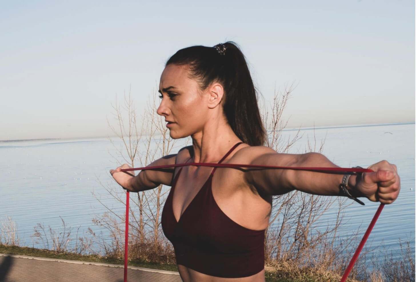 iFIT Member Breanna Maurer does a strength workout