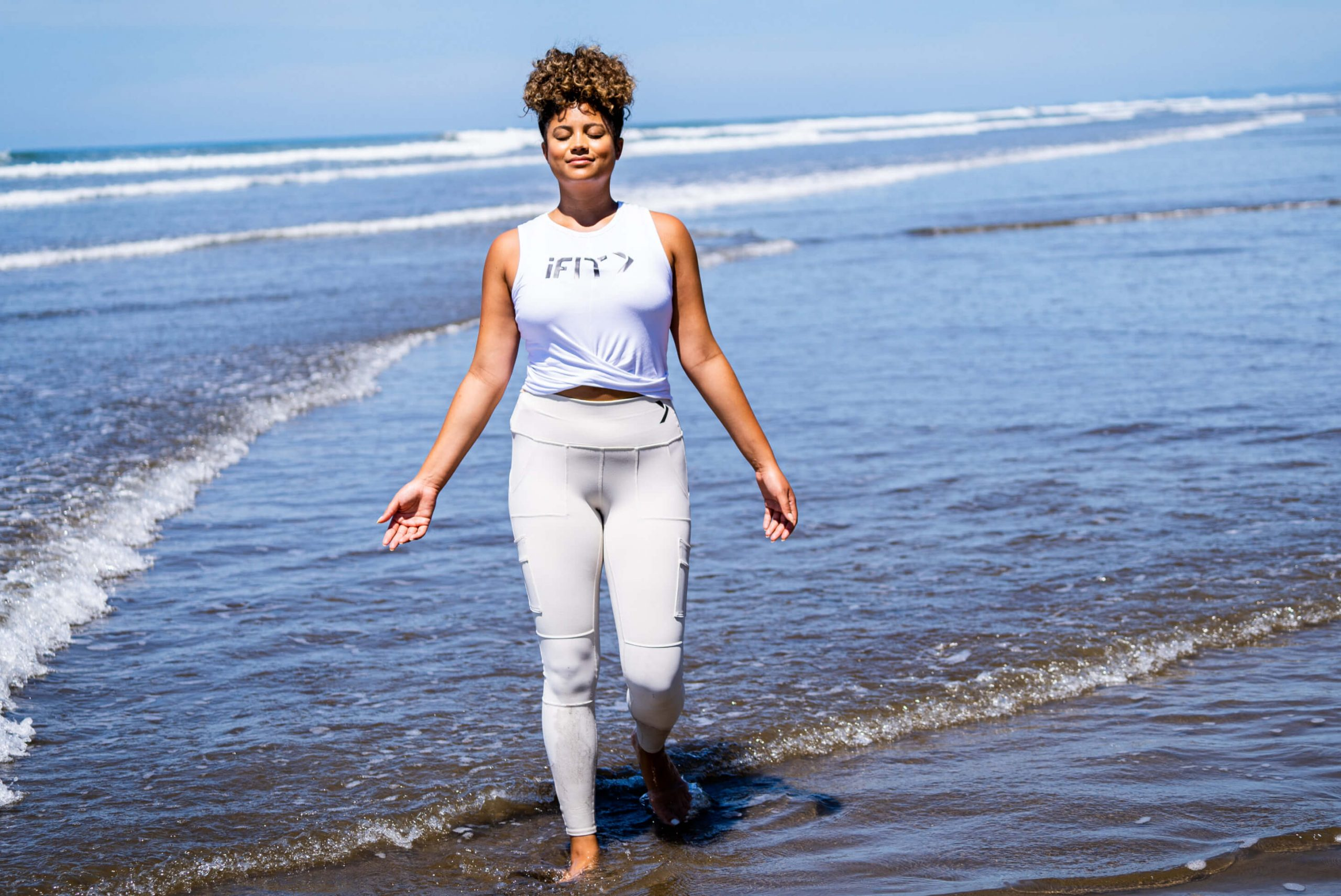 iFIT Trainer Thalia Ayres Randolph coaches a mindfulness class