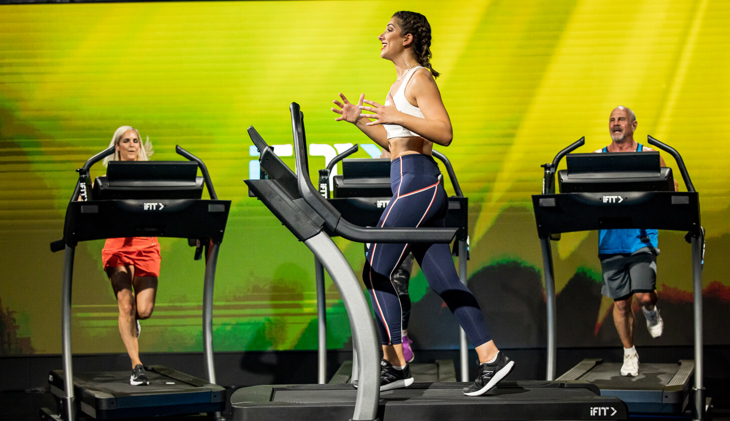 iFIT Trainer uses RPE to coach a running workout